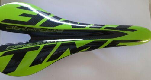 saddle Super lightweight full carbon fibre racing bike road bicycle seat