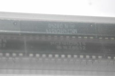 MOTOROLA MC74HC4514N 14-Pin Dip Integrated Circuit New Quantity-1