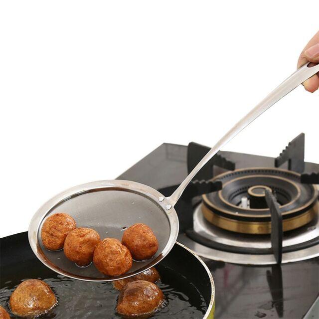 New Fine Sieve Kitchen Sifter Mesh Colander Strainer Spoon Oil
