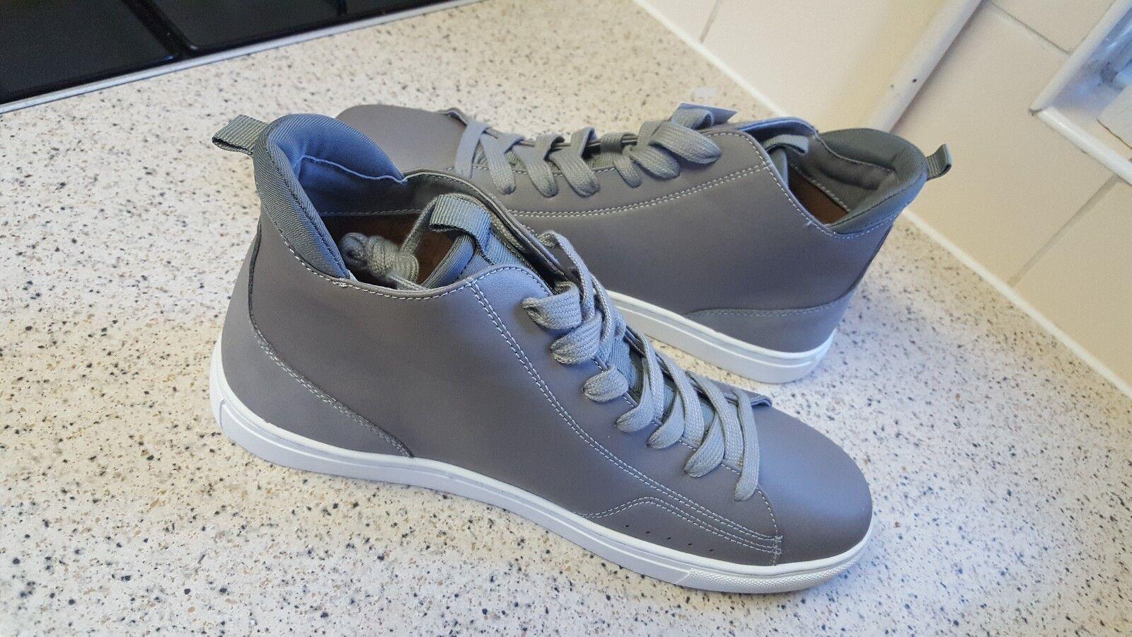 Topman (New) Grey Wings High Top Size UK 9  Euro 43