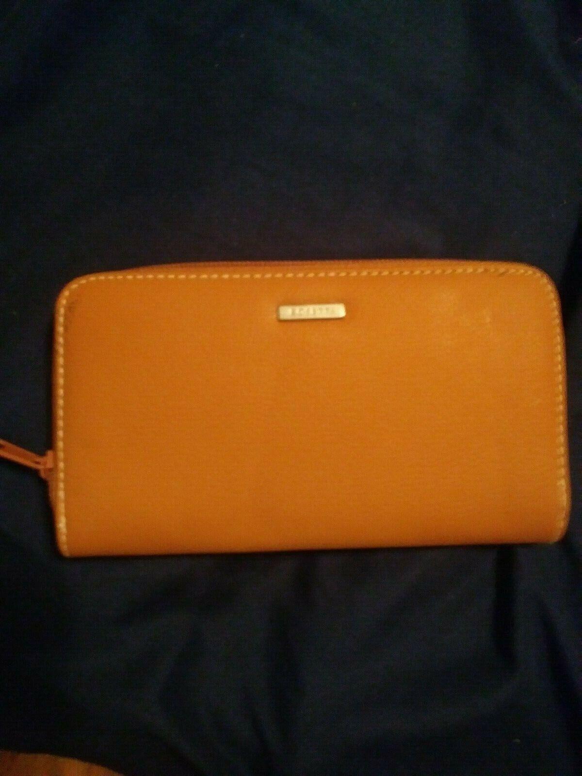 New Rosetti Wallet Many Compartments Zipper Closure Tan Color