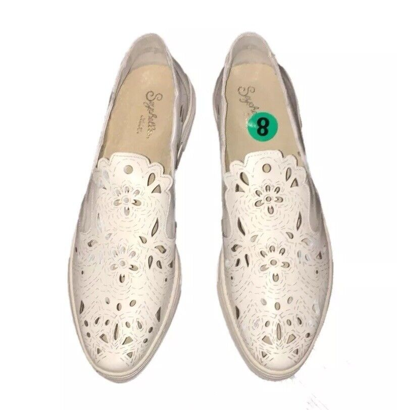 Anthropologie Seychelles Even Better Lasercut Sneakers White size 8 White Sneakers NWOB a9ea7f