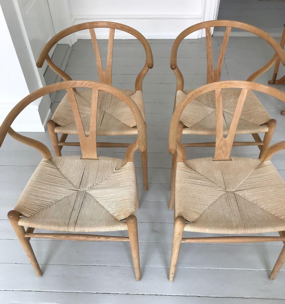 Wegner, Y stol, 4 stk. Y stol i sæbebehandlet eg. Produce