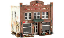 Woodland Scenics N PF5201 Planters Feed and Seed Supply Pre-Fab Building Kit New
