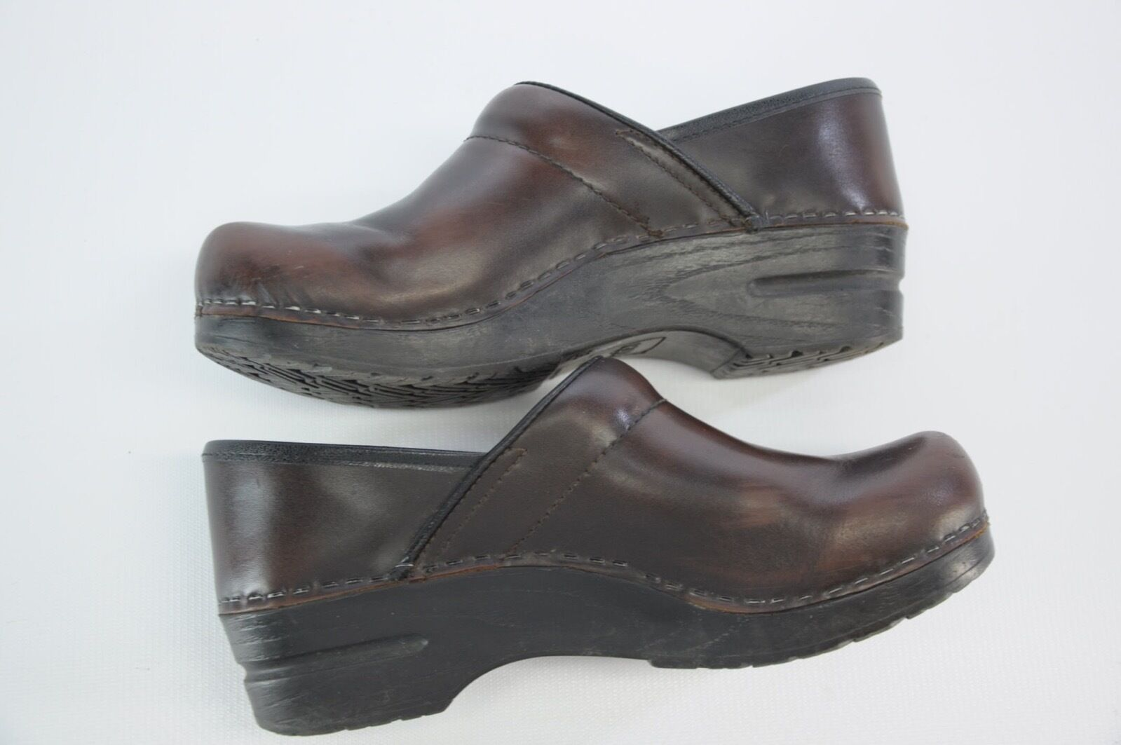 Sanita by Dansko Professional Dark Dark Dark braun Leather Clogs Slip On schuhe 38 8 d990d8