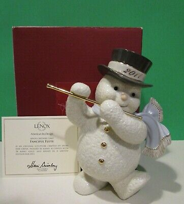 LENOX 2019 annual SNOWMAN SNOWY PIPER sculpture NEW in BOX with COA Bagpipes