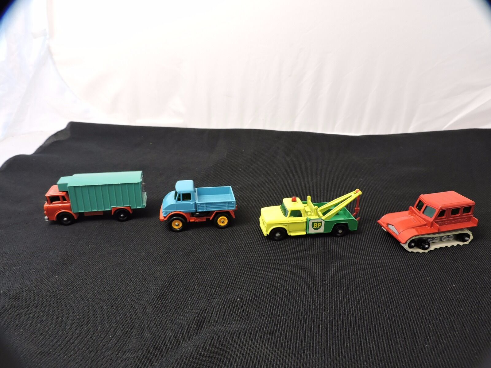 Vintage Lesney Lesney Lesney Matchbox Lot of (4) w o Box Excellent 796007