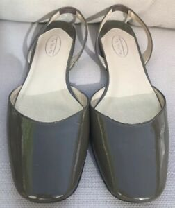 Talbots-Low-Heel-Patent-Leather-Sandals-Size-8AA-Dark-Taupe