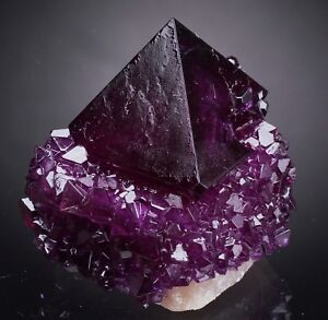Alum-Alun-Alunite-crystals-on-matrix-from-Poland-specimen-purple-like-fluorite