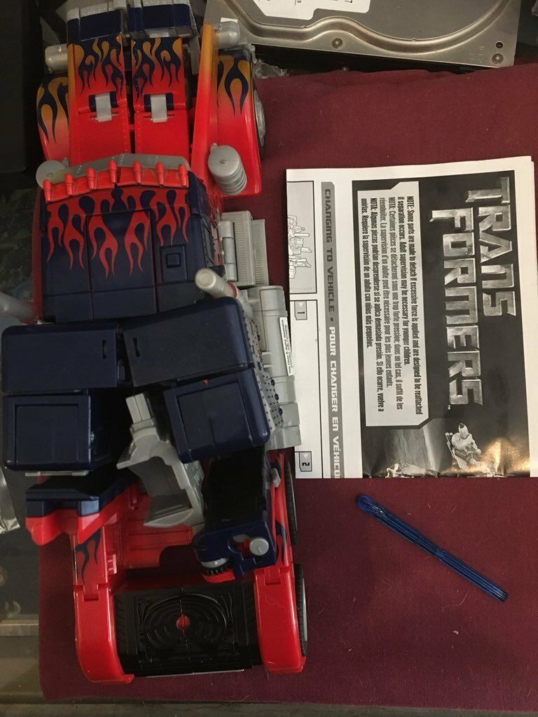 Optimus Prime 2006 Leader class movie bayverse with missile instructions.