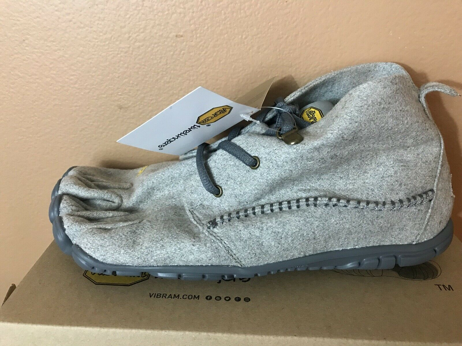 Vibram Fivefingers CVT Wool Shoes Grey Gray Size 9.5 10 EU 43 NEW IN BOX