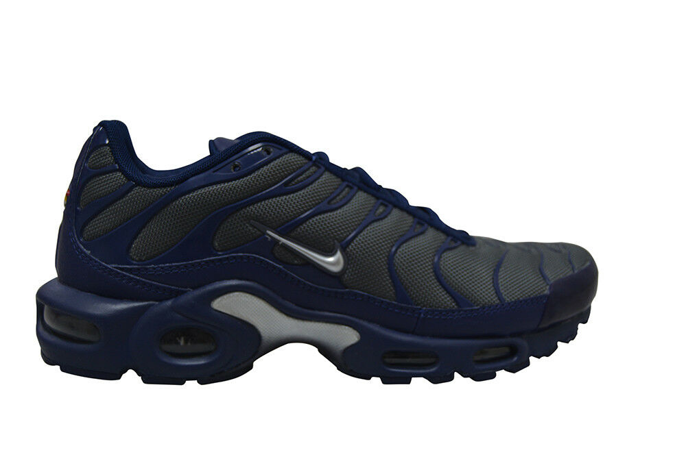 Mens Nike Air Max Plus - 852630-012 - Dark Grey Navy Silver Trainers best-selling model of the brand