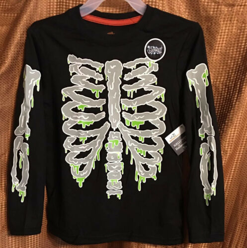 NEW Halloween Long Sleeve T-shirt Black w// Glow In Dark Skeleton Kids XS 4//5