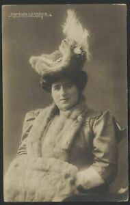 Gertrude-Longdale-in-Fur-Muffler-Hat-amp-Scarf-Vintage-Photo-Postcard