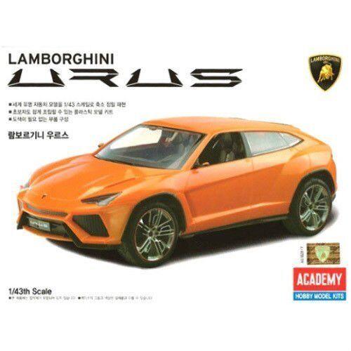 Academy XQ Plastic Model Kit 1/43 Lamborghini Urus Car Toy