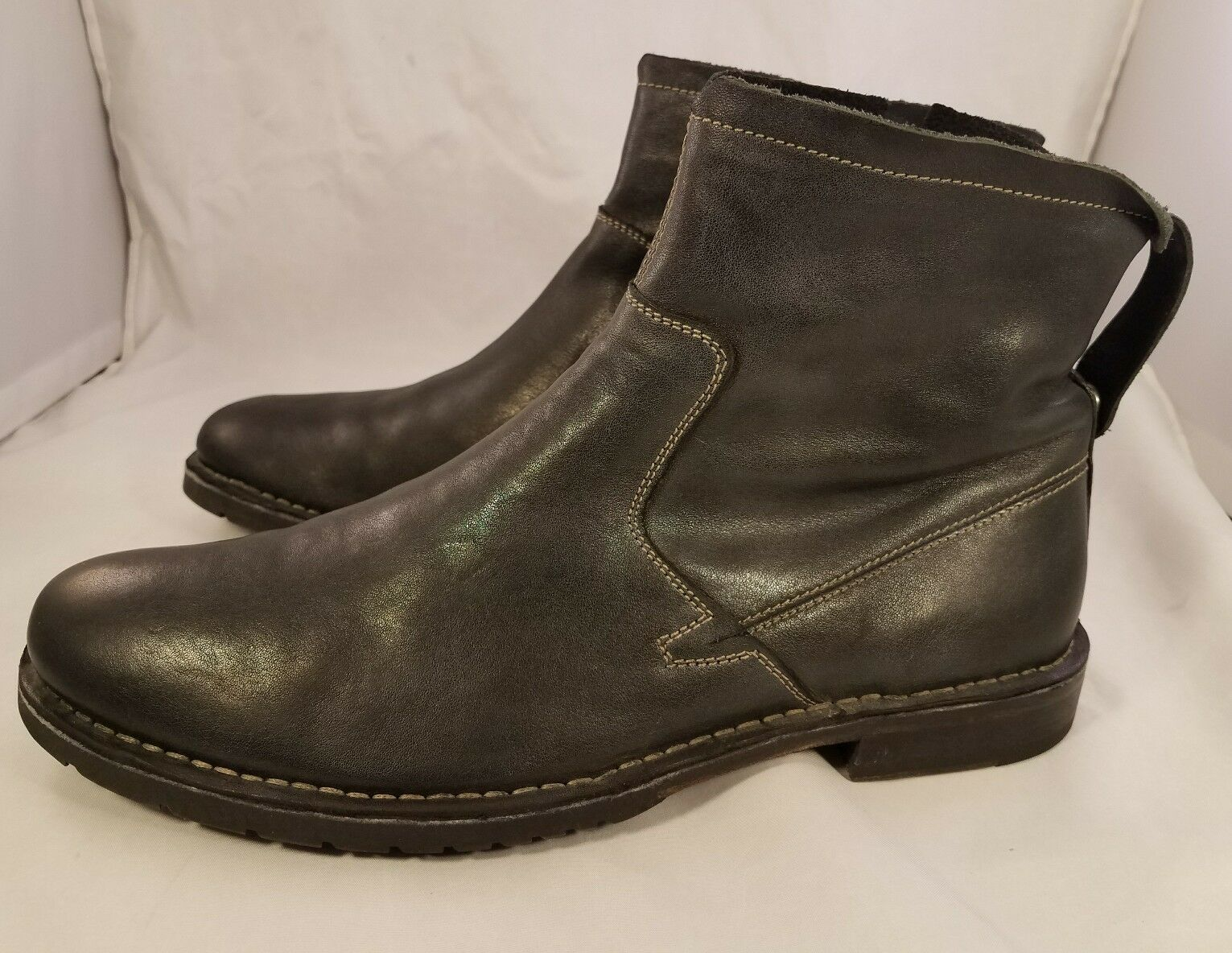 John Varvatos man man man boots dark gray charcoal side zipper 9.5 M excellent 9647d2