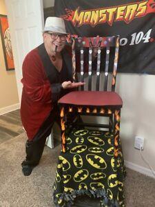 Russ-Rollins-039-Kiss-Chair