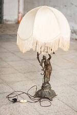 Lampada lume tavolo fusto metallo forma donna paralume stile Liberty epoca 900