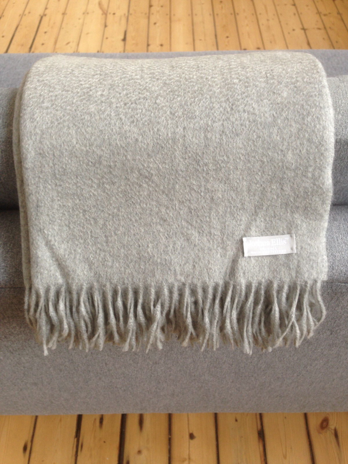 100% CASHMERE THROW BY JOSHUA ELLIS. BRAND NEW. RRP
