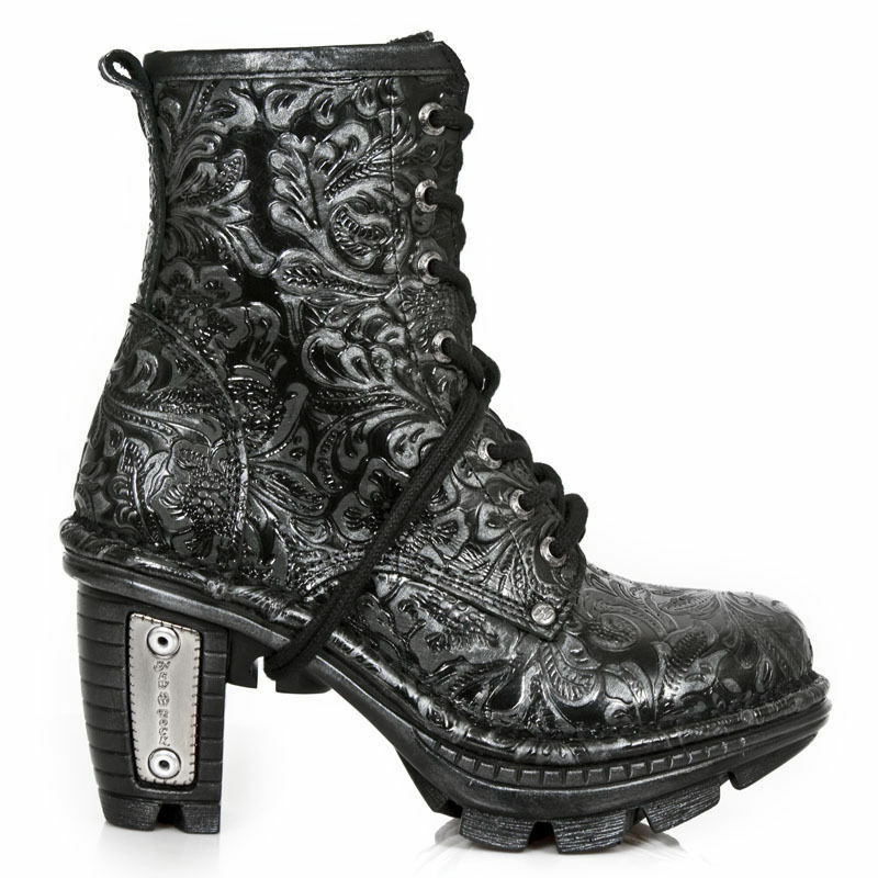 Grandes zapatos con descuento New Rock NEO TR008-S24 Black Gothic Rock Punk Ladies Hand Finished Leather Boots