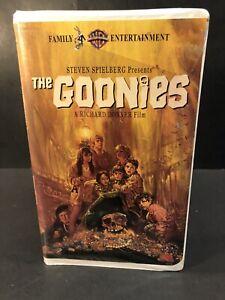 The Goonies 1985 Movie Vhs Video Tape 1994 Release Steven Spielberg Clamshell 85391327530 Ebay
