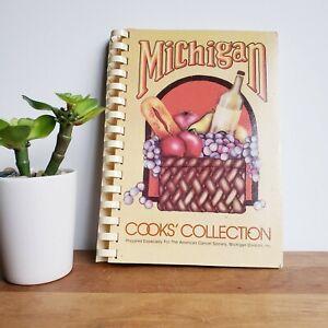 Michigan Cancer Society 1979 community cookbook vintage recipe book