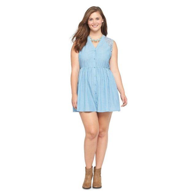 Junior\'s Plus Size Woven Short Dress Light Chambray Blue 2x
