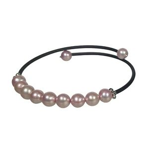 Delicate-and-Pretty-Pink-Freshwater-Cultured-Pearl-Bracelet