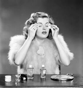 CBS-OLD-TV-RADIO-PHOTO-Peggy-Knudsen-from-the-radio-program-Woman-in-White-5