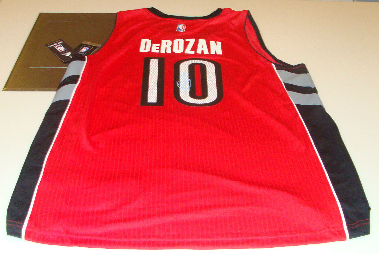 Toronto Raptors Demar DeRozan Signed NBA Jersey Basketball Autograph COA Red 0fecf198d