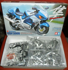 14090 Suzuki Hayabusa GSX 1300R Motorcycle  Tamiya 1:12 plastic model kit