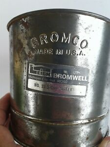 Vintage-Antique-Farmhouse-Bromco-Flour-Sifter-Squeeze-Handle-3-Cup-Patina-USA