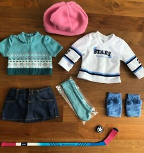 American-Girl-Doll-Mia-039-s-2-in-1-Skate-Outfit-2008-Girl-of-the-Year-Archived