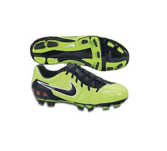 Nike TOTAL 90 SHOOT III FG 2010 SOCCER SHOES US 9 Brand New Green / Red / Black