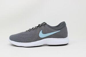 Women's Nike Revolution 4 (WIDE