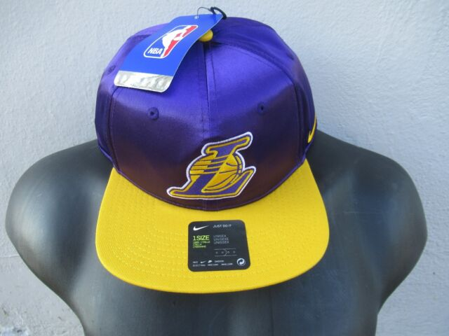 Nike Los Angeles Lakers Field Purple Amarillo Snapback Official NBA Hat  MSRP  35 8e7a018be507