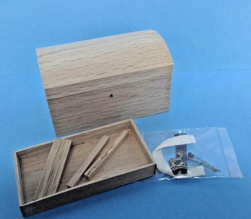 Dollhouse Mini Large Oak Large Mini Round Top Handcrafted Trunk ready to finish kit 1 12 725f3d