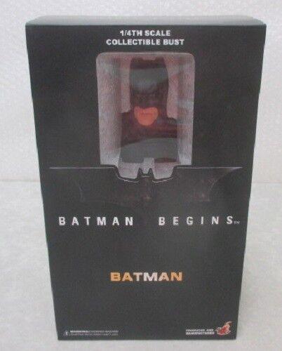 Un cuarto de un nuevo juguete caliente raro Batman comienza a Batman htb03b Japón 2500 partes del mundo.