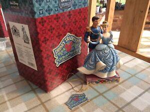 "V V Rare Disney Tradition 'cinderella &prince-royal Romance' 6"" Boxed With Tags"