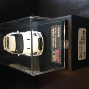 GTR-NISSAN-CLUB-SPORTS-PKG-hpi-racing-1-43-DieCast-Model-Car-White-High-quality