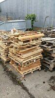 free broken pallet wood