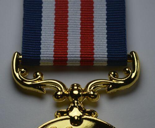 Cadeau//Présent SUPERBE 50th Doré Anniversaire De Mariage Long Service Medal en boîte