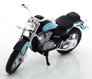 Honda-Shadow-VT-1100C-escala-1-18-por-Welly