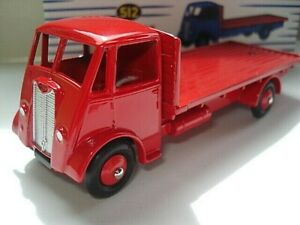Atlas-Dinky-Supertoys-No-512-Guy-Vixen-all-Red-Flat-Truck-mint-boxed