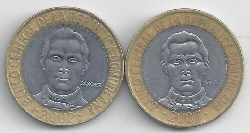 2 BI-METAL 5 PESO COIN from the DOMINICAN REPUBLIC DATING 2002 /& 2007