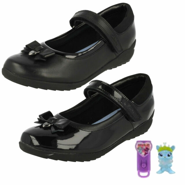 5a5cc181e50d GIRLS CLARKS LEATHER RIPTAPE STRAP BOW DETAIL MARY JANE SCHOOL SHOES TING  FEVER