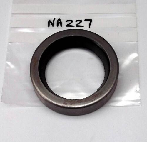 also K2 K4 K8 Gearbox oil seal Austin 18 Payen NA227 C172