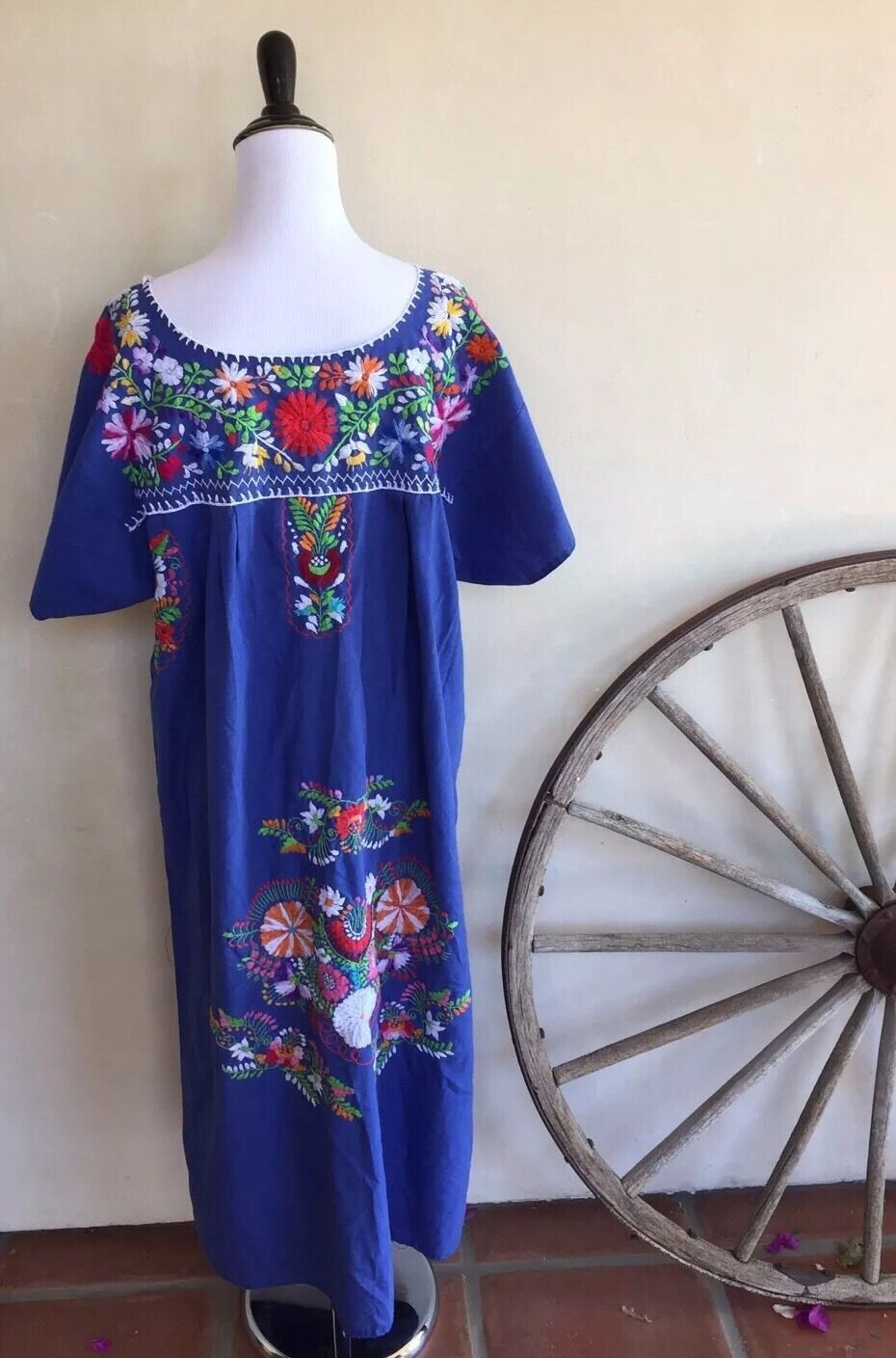 HANDMADE MEXICAN Beautiful Cobalt Blau Dress Floral Embroiderot Cotton L Mexico