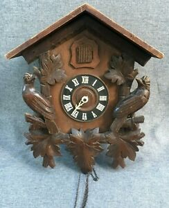 Big-antique-black-forest-cuckoo-clock-case-wood-mid-1900-039-s-Germany-to-restore