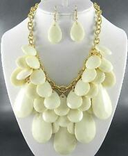 Cream Faceted Lucite Bead Drops Gold Tone Link Chunky Necklace Earring